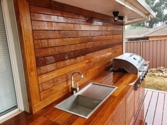 Outdoor Kitchen area constructed by Clarkies Carpentry