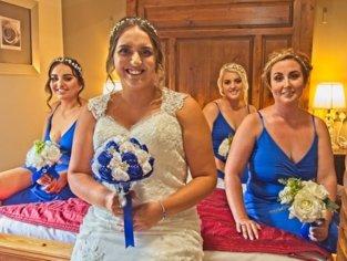 Bride & Bridesmaids Photo