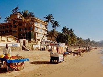 tourist in mumbai