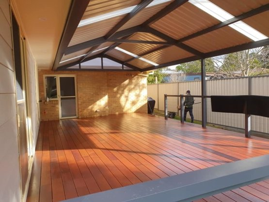 angled photo of pergola and deck built by Clarkies Carpentry and Construction in the Southern Highlands, NSW